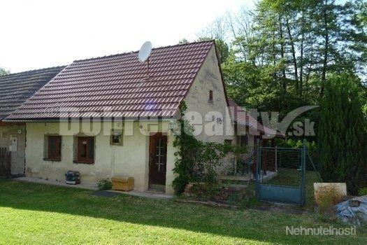 Na predaj dom s veľkým pozemkom - Hradište pod Vrátnom (Senica)