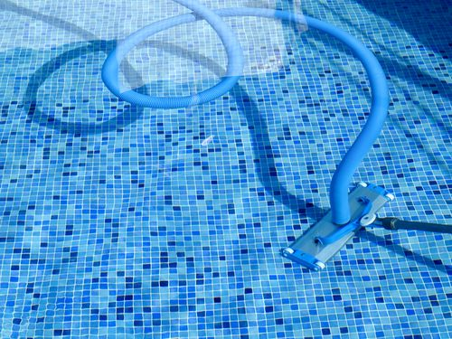 Choosing the Right Pool Cleaning System For Your Pool