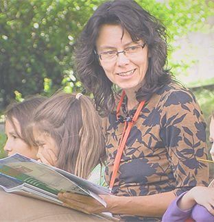 Alte Geschichten neu entdecken - Character Classic :: Tante Maria  ----------------------------------------  Alte Geschichten aus Großmutters Zeiten neu entdeckt, die auch heute noch Freude bereiten, gute Charaktereigenschaften hervorheben und groß und klein zum Zuhören einladen.