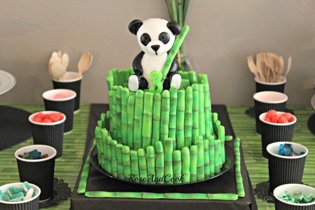How adorable is this panda cake #panda #cake