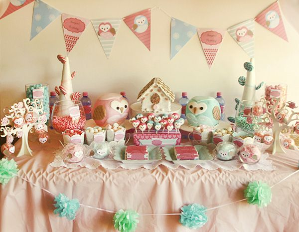 Sweet Owl Party.  the heart faces are TOO adorable. <3  Looks like this might have been for twins?
