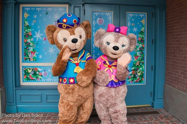 disney characters on omnibus | Hong Kong Disneyland Trip Report, November-December 2015 - Part One ...