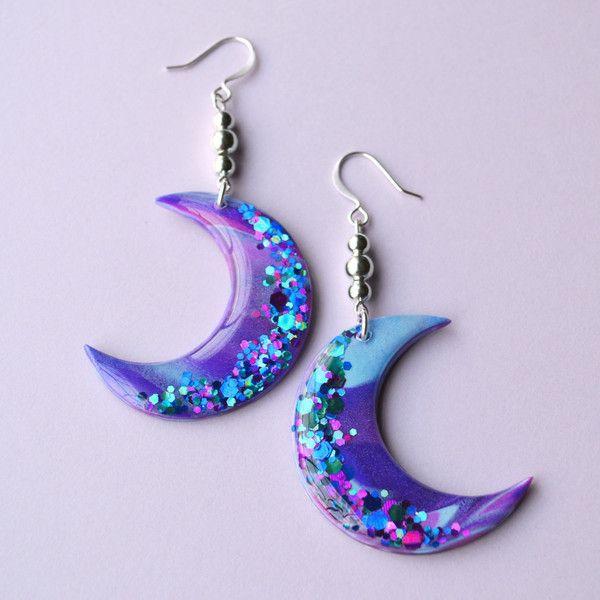 Galaxy Moon Dangle Earrings Jewelry Moon Earrings, Soft Grunge, Space... (7.065 HUF) ❤ liked on Polyvore featuring jewelry, earrings, dangle earrings, beads jewellery, round earrings, beaded dangle earrings and long earrings