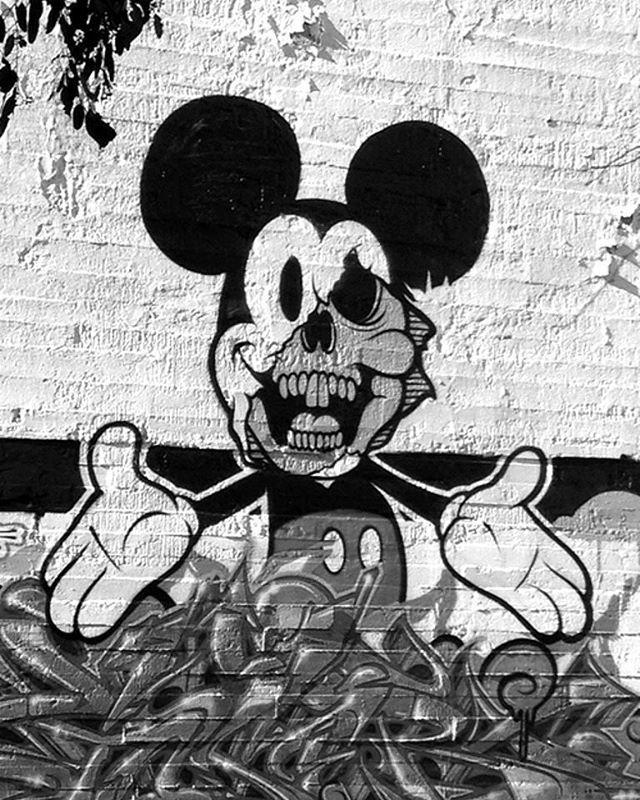 Under the mask streetart Street art, Art, Graffiti
