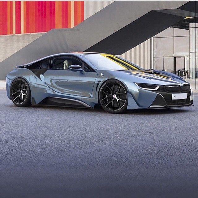 BMW i8 0-100 km/h in 4.4 sec