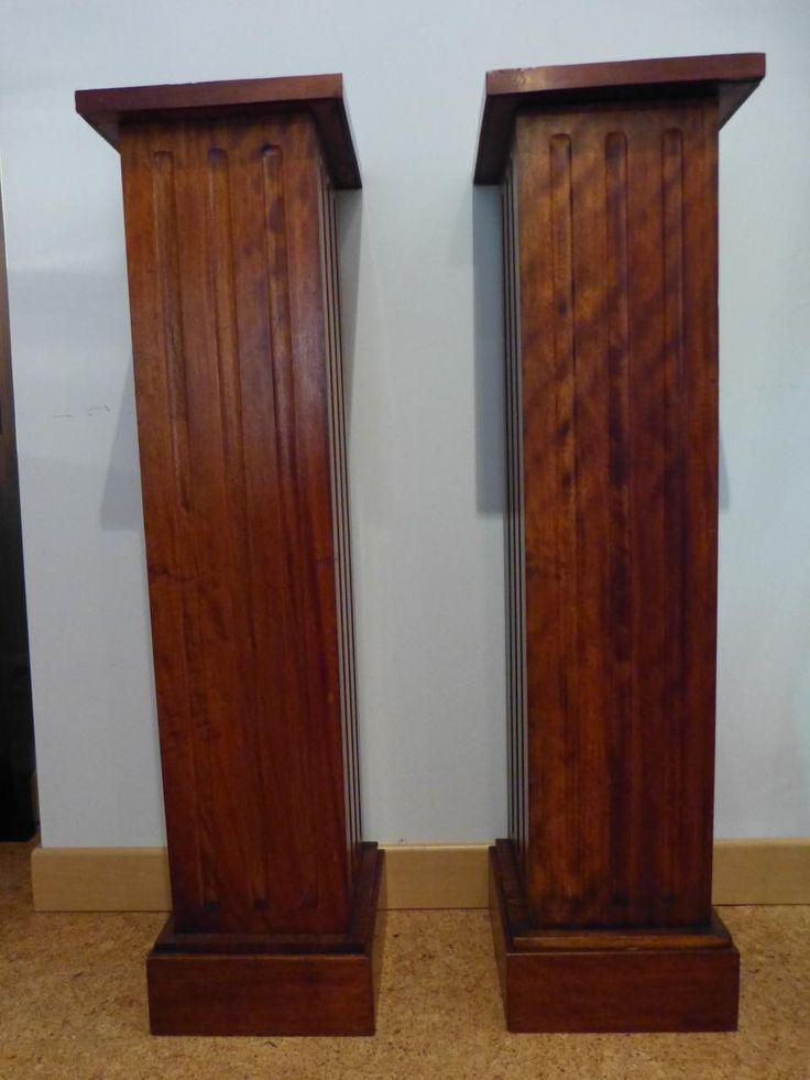 Paire de colonnes art d co en acajou formant selettes for Proantic art deco