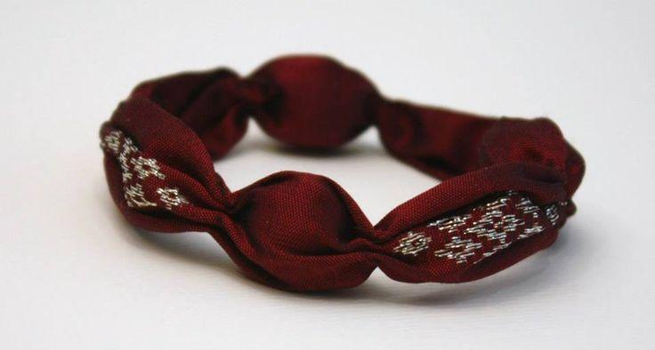 Bracelet en soie