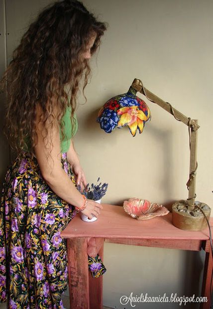 Real Tiffany lamps are expensive. Make your own and save a bundle.