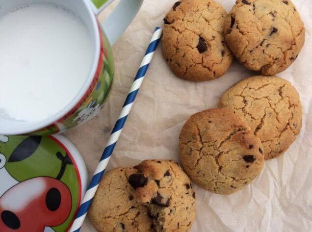 Μαμαδίστικα Cookies με φυστικοβούτυρο και κομματάκια μαύρης σοκολάτας. ~ WORKING MOMS