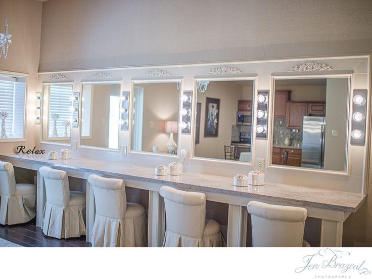 5 Moffit Oaks Wedding Venue - Jen Brazeal Photography - Bridal Suite