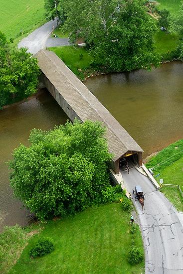 Hunsecker's Mill Covà red Bridge, Lancaster County, Pennsylvania, parce que cela fait  penser au pont de Madison, et donc à Merryl et Clint et donc à ce geste hyper sexy de Merryl effleurant le cou de Clint pendant qu'elle téléphone et donc feelings...............