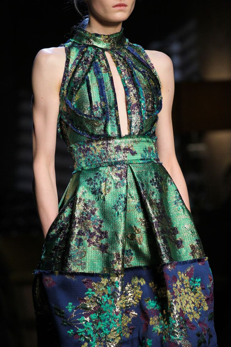 Erdem Fall 2015 Ready-to-Wear - Details - Gallery - Style.com