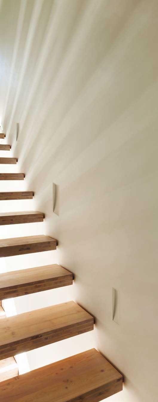 Σποτ τοίχου χωνευτό κεραμικό/γύψινο σε λευκό χρώμα τετράγωνο με τετράγωνη πατούρα(πρόσοψη) και φωτισμό LED. CERAMIC της Viokef. Επιδέχεται βαφή στο χρώμα της επιλογής σας. ------------------------------ Wall recessed ceramic / plaster light/lamp in white, with square bead (facade) and LED illumination. It can be painted in the color of your choice. #led #ledlights #ledlighting #lighting #light #lightingdesign #lightingideas #stairs #stairlighting #stairlight #staircase #staircaseideas