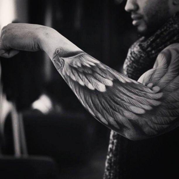 Arm Engel Flügel Tattoo