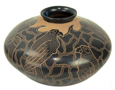 Mata Ortiz Pottery Jar by Lupe Soto.