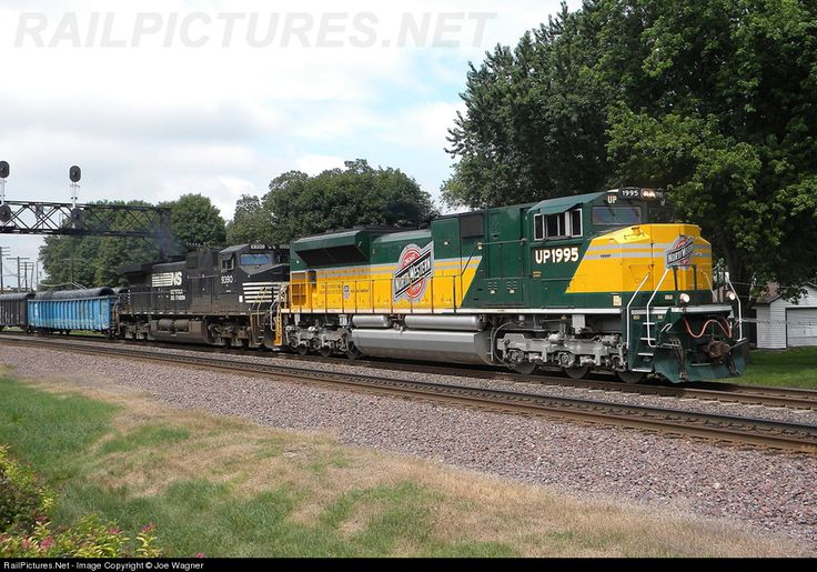 Luxury Net Photo UP Union Pacific GE ACCW at Rochelle Illinois by William E Pagel Union Pacific RR Pinterest