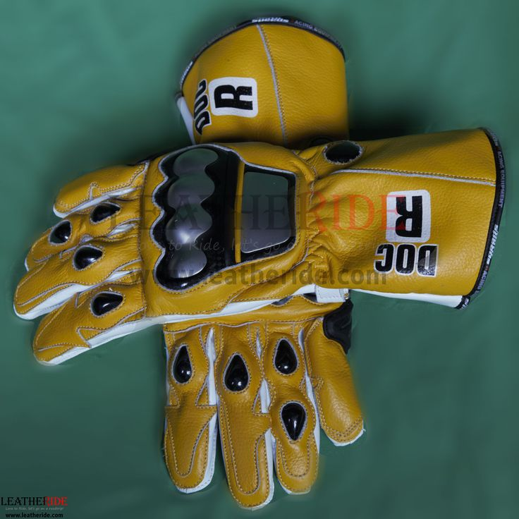 Yamaha MotoGP 2006 Valentino Rossi Racing Gloves A high profile and perfect matching pair of motorcycle racing gloves, can be matched with Valentino Rossi Yamaha MotoGP 2006 suit.   http://leatheride.com/yamaha-motogp-2006-valentino-rossi-racing-gloves/  #RacingGloves, #ValentinoRossi, #YamahaMotoGP2006 #RidingGloves