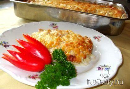 Csirkemell sajtmártással spagettiágyon