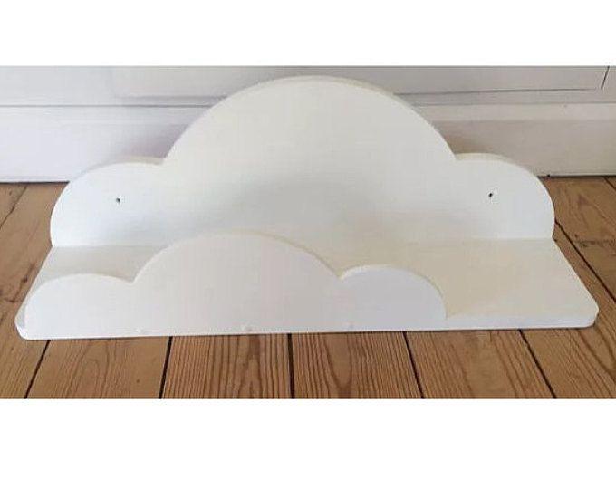 Plataforma de cloud de vivero pintado blanco aprox. 70cms ancho nuevo
