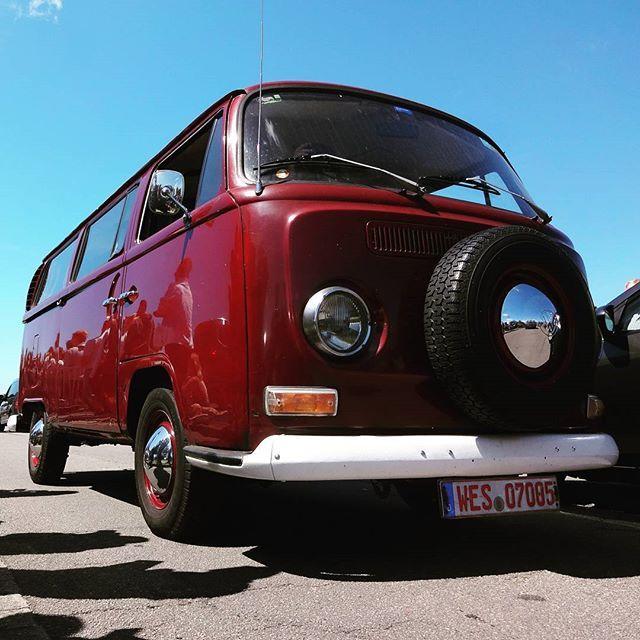 #vwbus #bus #bulli #vwbulli #kombi #vwkombi #baywindow #westfalia #instavw #campervan #vwcampervan #vwallday #vwforlife #vwlovers #camperlife #vintage #Oldtimer #aircooled #flatfour #flat4 #Fehmarn #westy