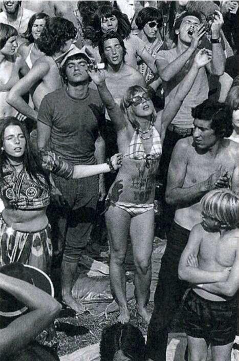1970 Rotterdamse Woodstock in het Kralingse bos... MG