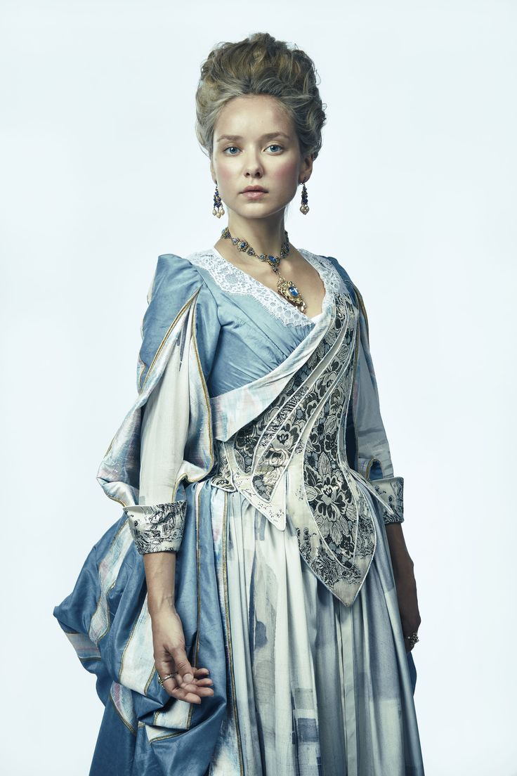 The Musketeers - Season 3 - Queen Anne - Her clothes become more exquisite as so does her hair do's