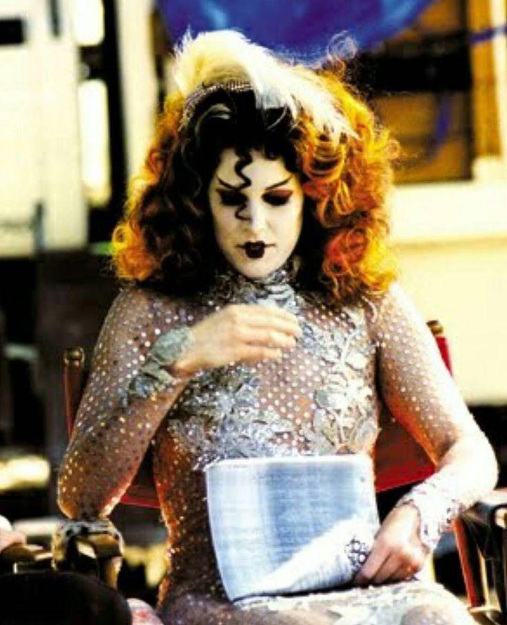 Les 25 meilleures id es de la cat gorie horror movie for Miroir film horreur
