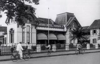 past photo of hotel homann bandung