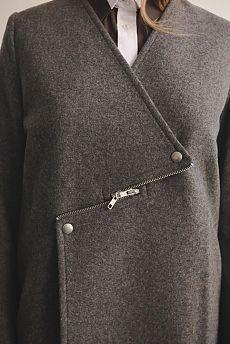 Необычная застёжка пальто / Детали / Своими руками - выкройки, переделка одежды, декор интерьера своими руками - от ВТОРАЯ УЛИЦА