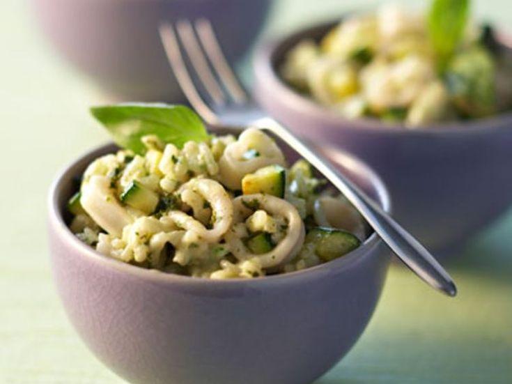 Découvrez la recette Risotto vert au calamar sur cuisineactuelle.fr.