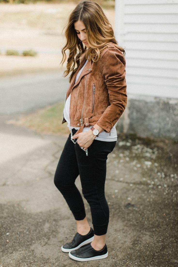Comment styler un pantalon de jogging pour l'automne Lauren McBride, blogueuse et styliste en style, partage …  – maternity