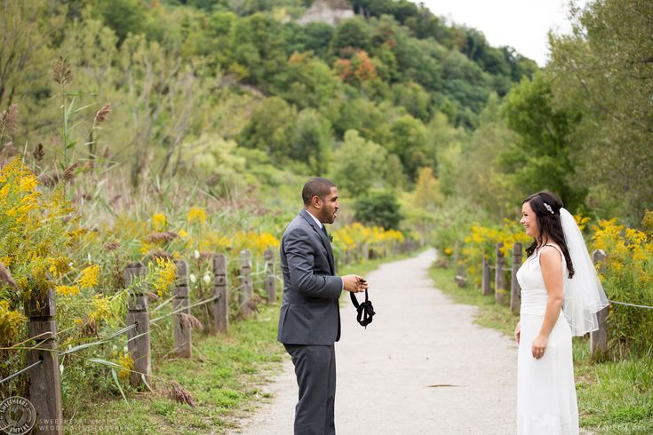 Blindfolded groom for the first look at his bride - Scarborough Bluffs Wedding, Bluffers Park #sweetheartempirephotography