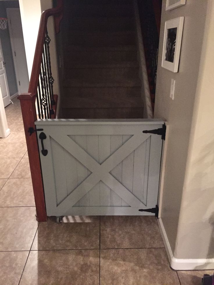 13 Diy Dog Gate Ideas: The 25+ Best Dog Barrier Ideas On Pinterest