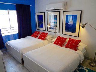 Charming Condo con 2 camas - La mejor ubicación - TV libre y Wi-Fi!Alquiler de vacaciones en Sur de Miami Beach de @homeaway! #vacation #rental #travel #homeaway