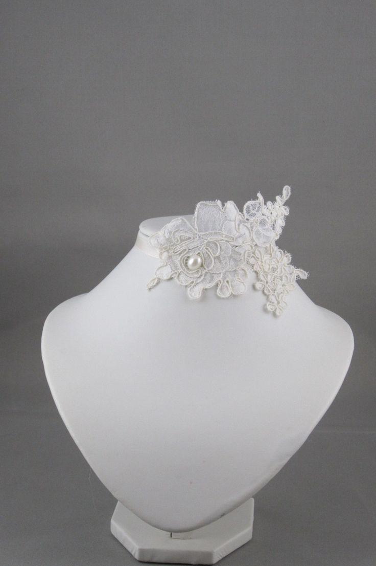 Collier de mariage en dentelle ivoir Dentelle Ecru : 22€ + 2.5€ FPD Collier par couleur-dentelle