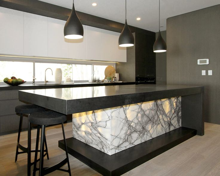 New York marble (backlit) and granite. Marable Slab House Sydney #marable #marble