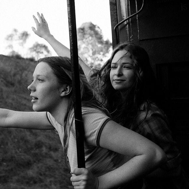 moonndreams: fuckyeah-pubertyblues: Brenna Harding and Ashleigh Cummings waah :(