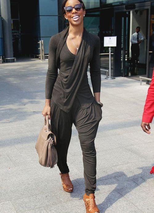 Kelly Rowland drapey look