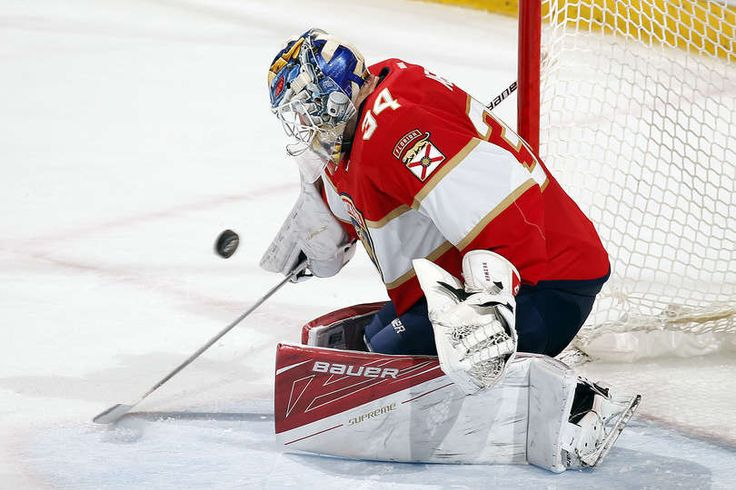 SUNRISE, FL - MARCH 25: Goaltender James Reimer #34 of the Florida Panthers makes a stop on his way to a shut out against the Chicago Blackhawks at the BB&T Center on March 25, 2017 in Sunrise, Florida. (Photo by Eliot J. Schechter/NHLI via Getty Images)