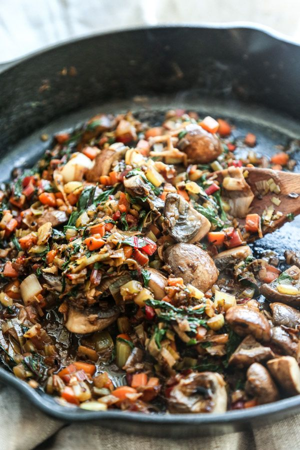 This easy French vegetarian cassoulet recipe is packed with white beans, leeks, mushrooms and chard. It's a cozy, comforting way to get your vegetables!
