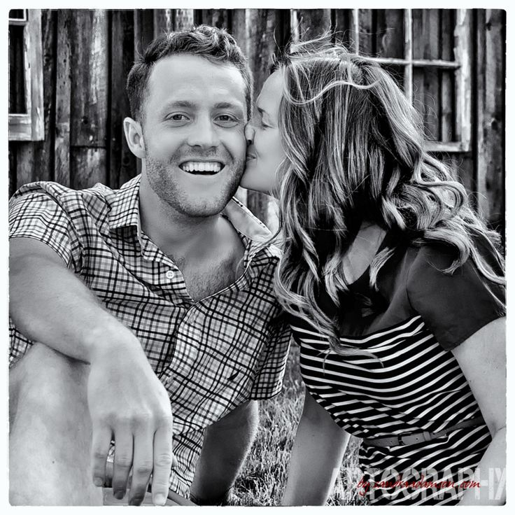 If you are looking for an engagement photographer visit my online portfolio at www.sandraadamson... sessions start at $300.00.
