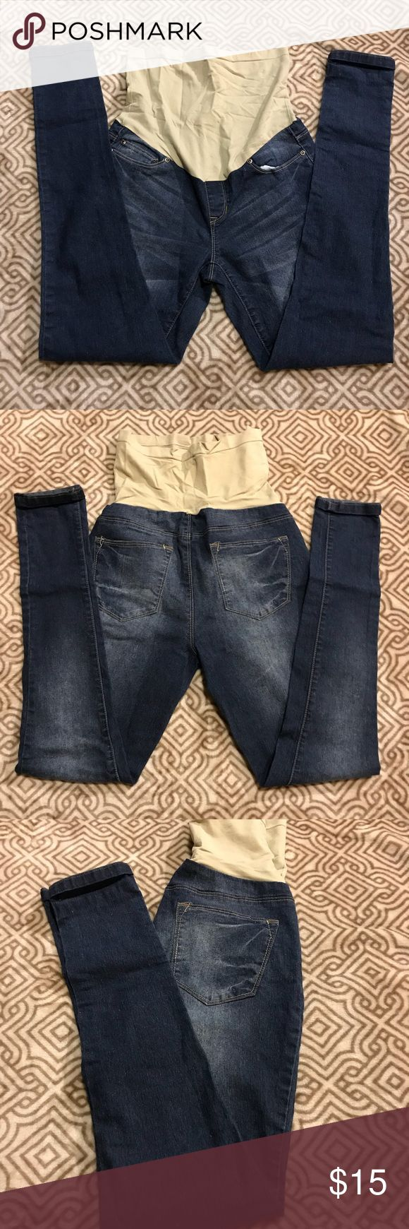 Maternity Jean Up for sale is a maternity jean from Planet Motherhood   Size: Small Planet Motherhood Jeans Straight Leg