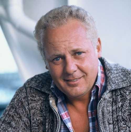 Rudi Falkenhage (May 16, 1933 - January 26, 2005) Dutch actor (the series 'De Fabriek' and 'Dagboek van een herdershond')...