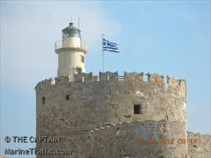 Photos of Ayios Nikolaos light - AIS Marine Traffic