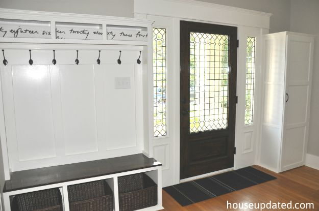 love the door and sidelights, also built up woodwork. can a transom be installed for light?