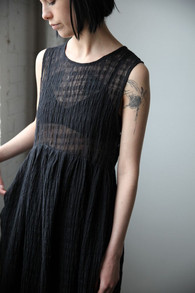 Yuli Linen Dress - Black | Ovate