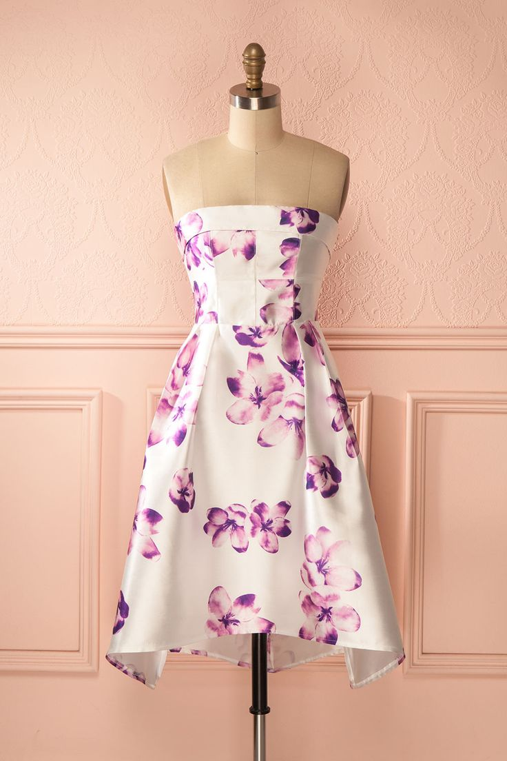 Le bal des pivoines sera des plus colorés cette année ! The ball of the peonies will be very colorful this year! Purple floral print high-low bustier dress www.1861.ca