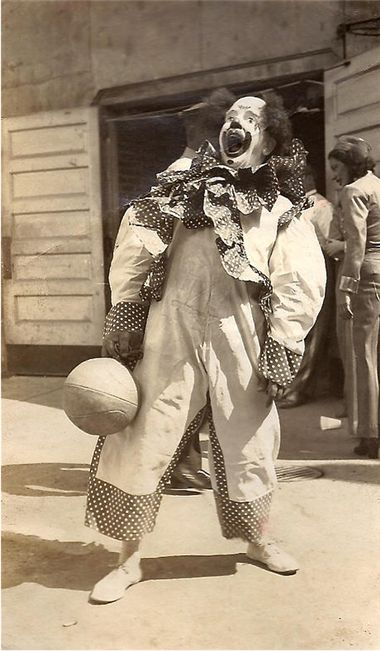 Johnny Tripp // Clown // Baltimore // Ringling Brothers Barnum and Bailey Circus // 1946 // Circus // Theatre