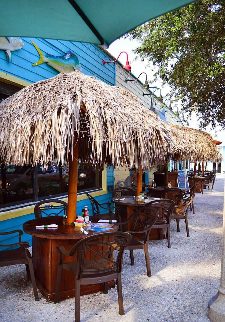Jensen Beach, Florida, Isn't on the Beach! - But Mulligan's Beach Bar overlooks the river. Beaches Bars and Bungalows travel blog