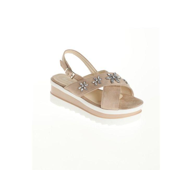 Remienkové topánky na platforme, s kamienkovou aplikáciou | modino.sk #ModinoSK #modino_sk #modino_style #style #fashion